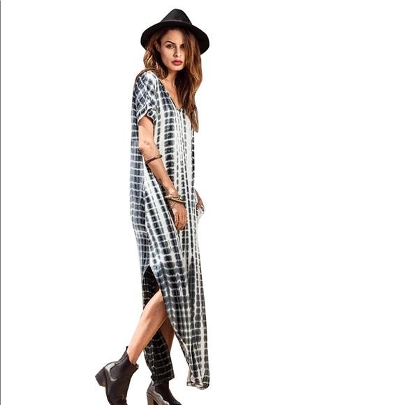 Dresses & Skirts - Maxi Split Gray Tie Dye Dress